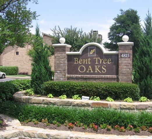 Bent Tree Oaks Apartment Sign